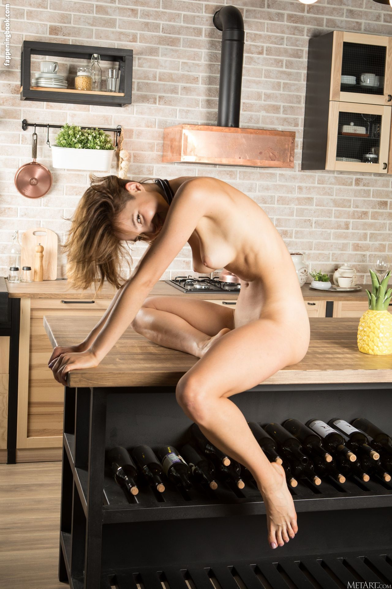 Diana Jam Nude