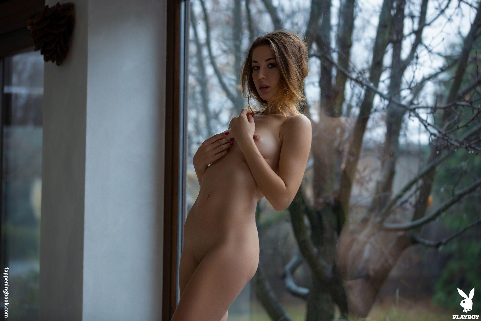 Mihailovskaya  nackt Anna Anna Mikhaylovskaya