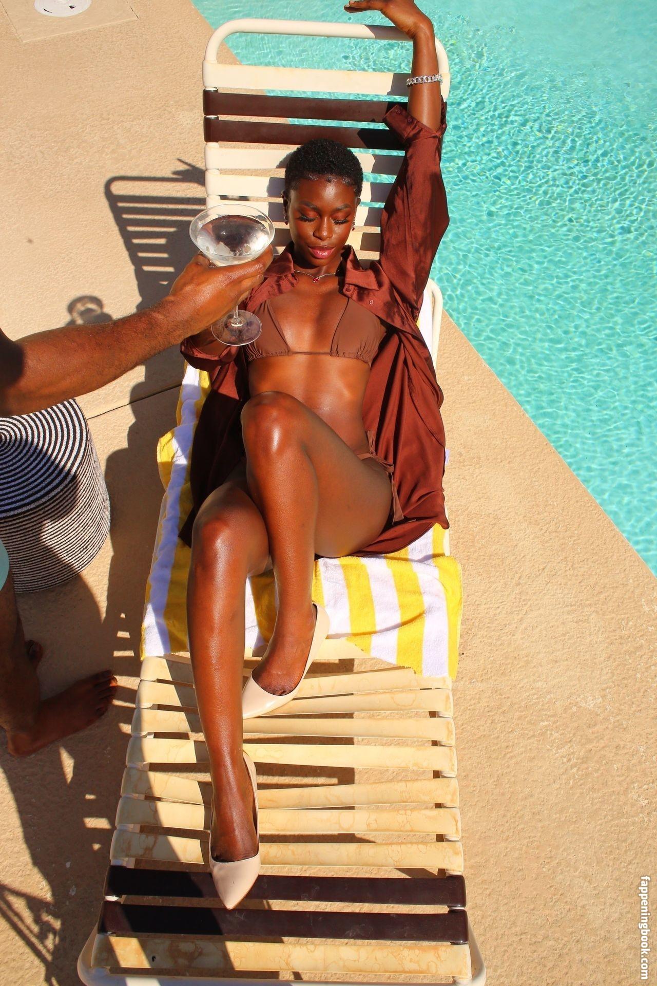 Diarra Sylla Nude