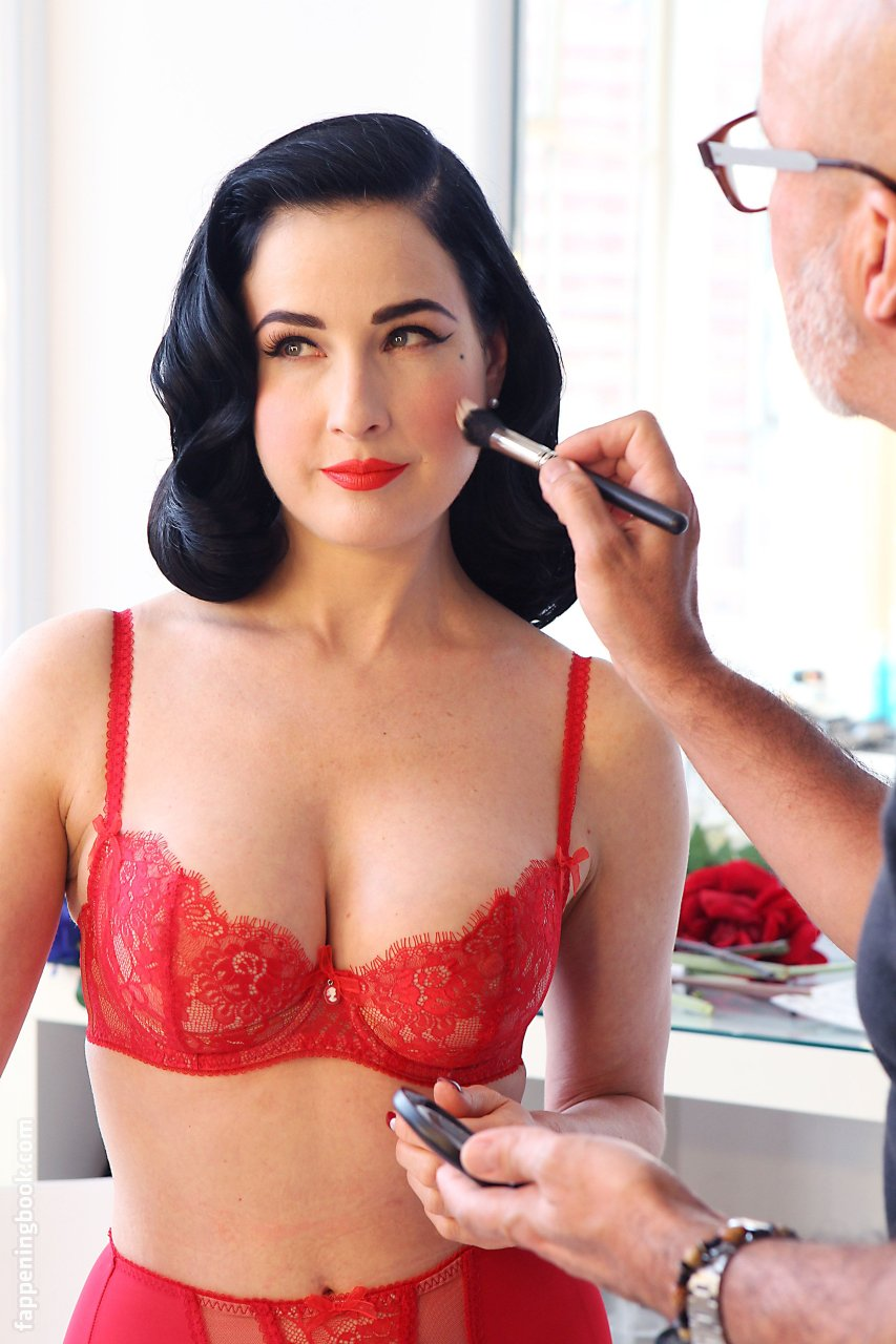 Dita Von Teese Nude, Sexy, The Fappening, Uncensored