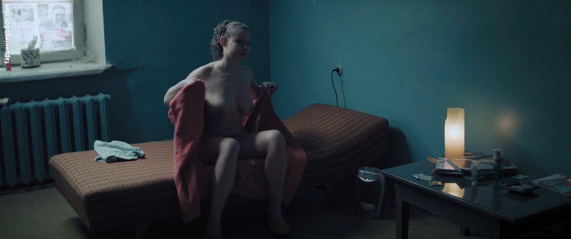 Ekaterina Osotova Nude