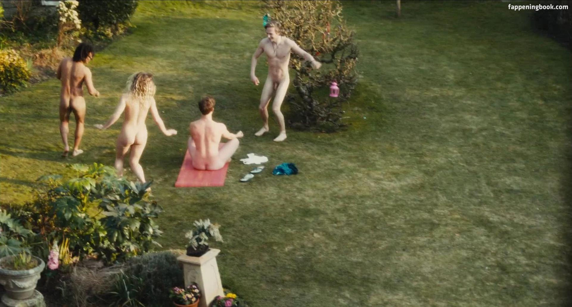 Eleanor Wyld Nude