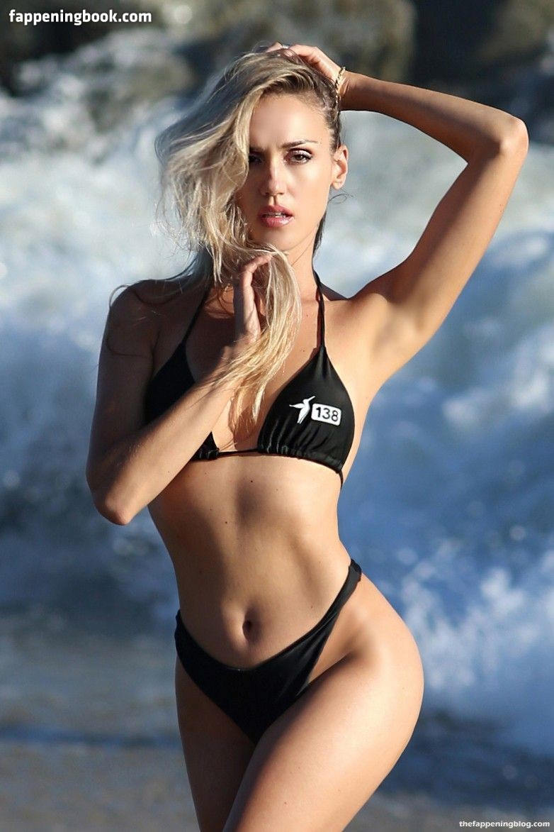 Elena Jole