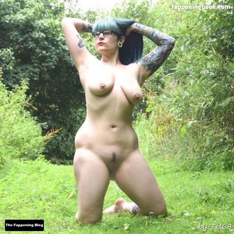 Elizabeth Hunny Nude