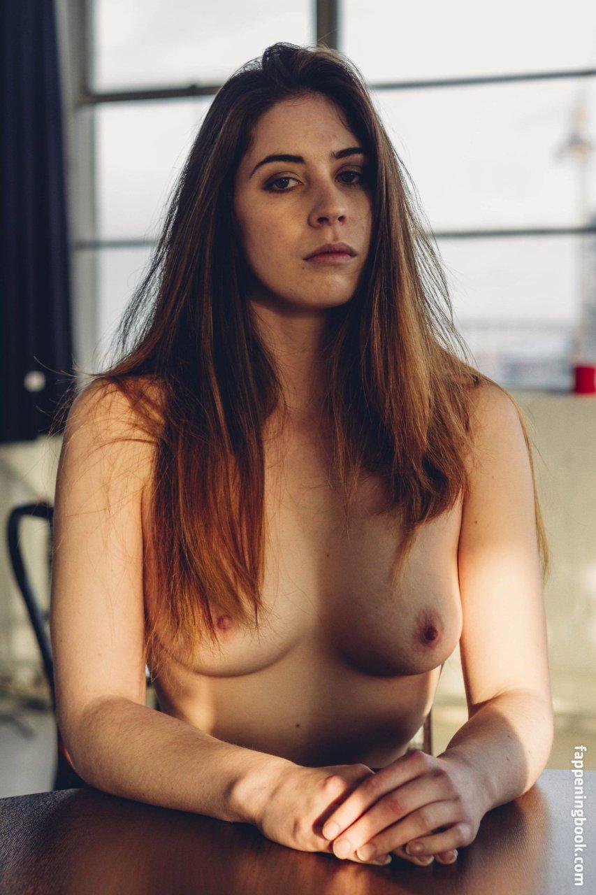 pebbles da model nude