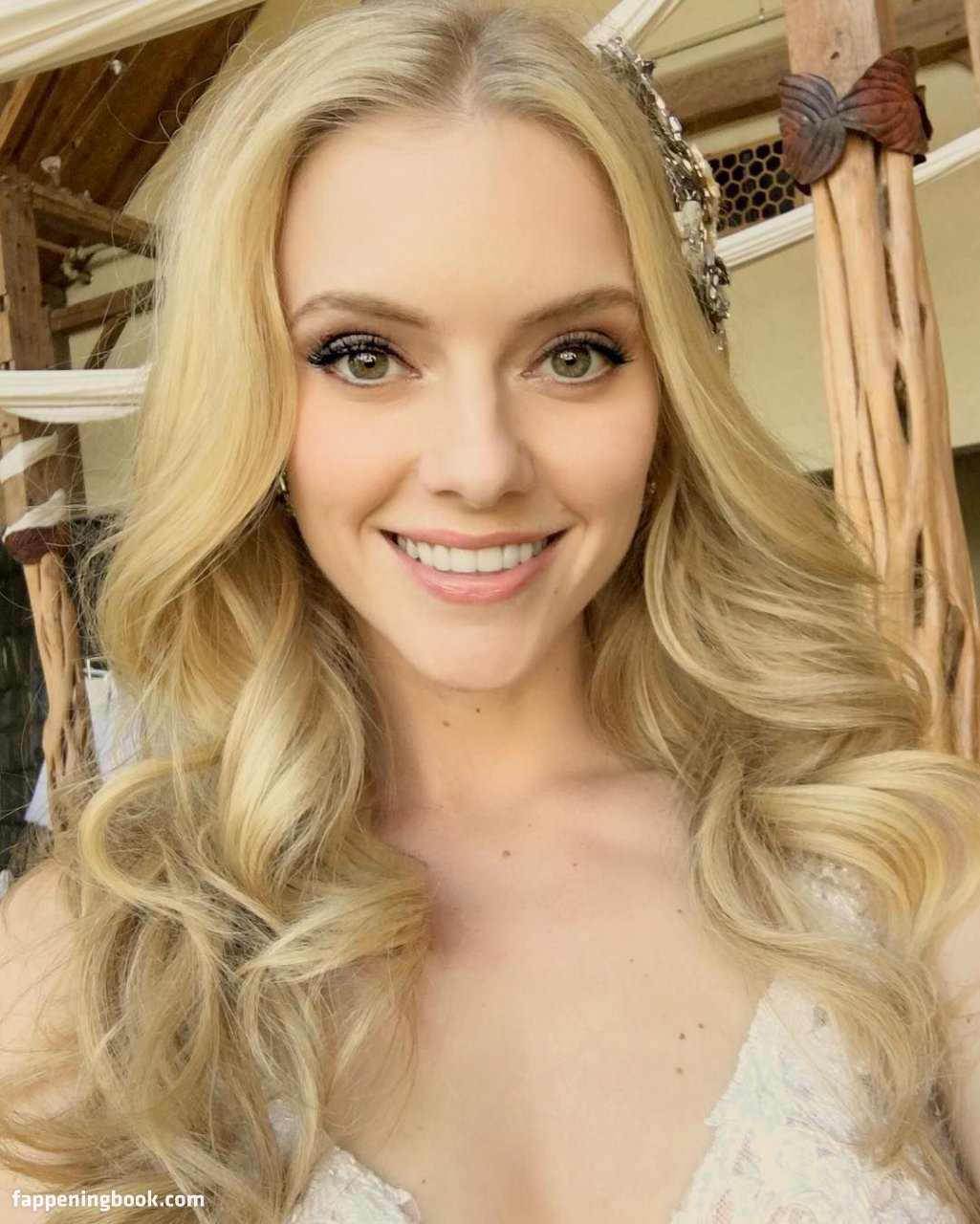 Elle Evans Nude, Sexy, The Fappening, Uncensored - Photo