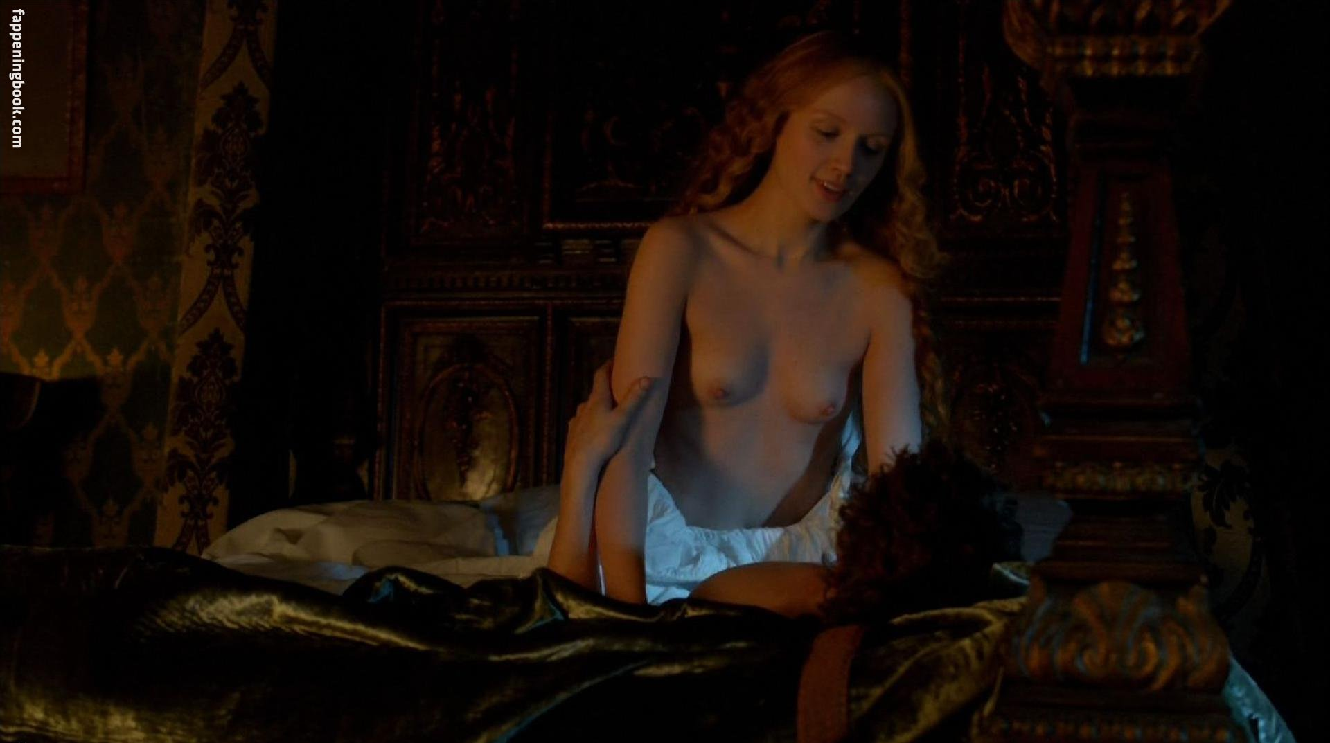 Emily berrington naked