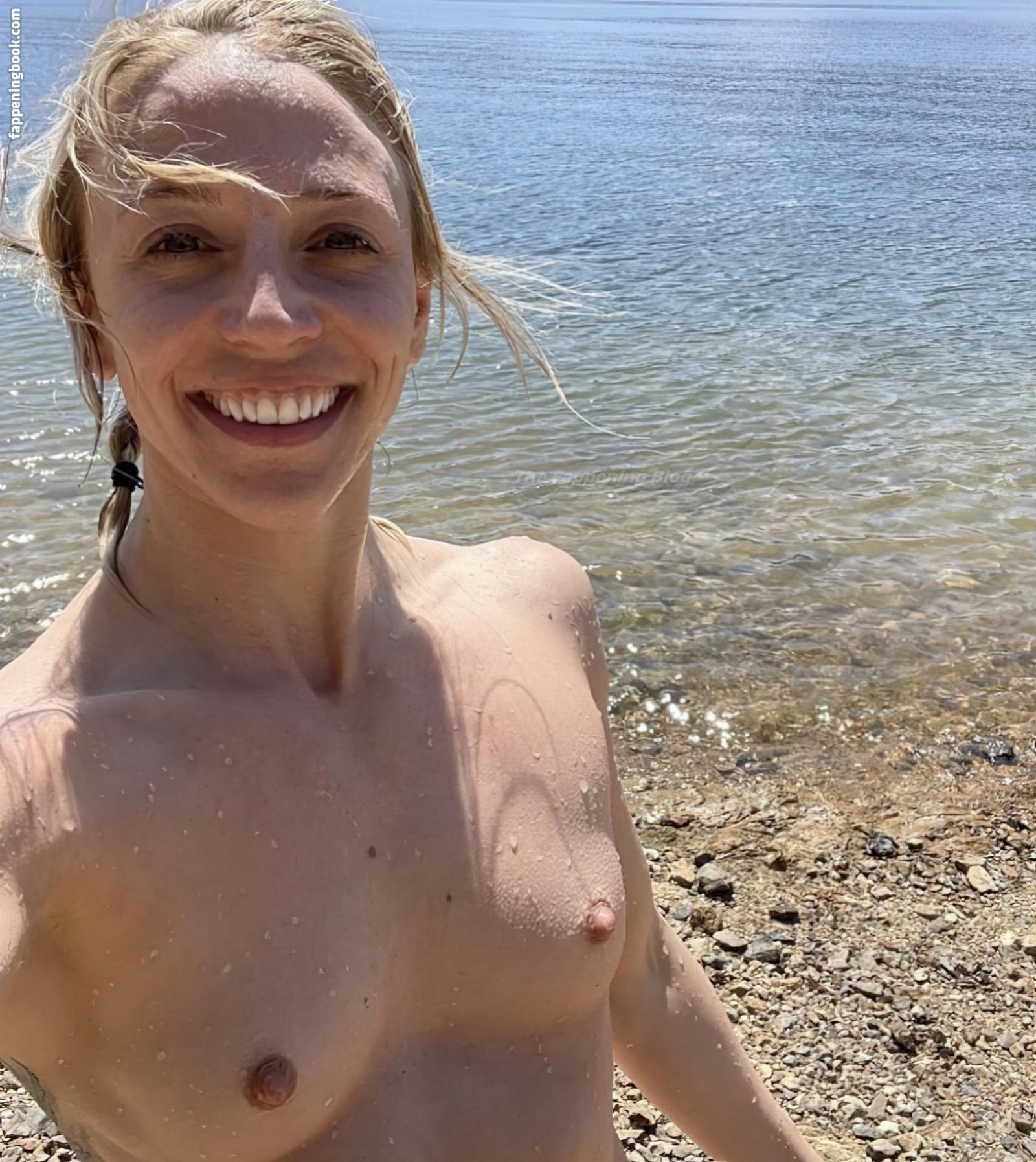 Emily Whitmire Nude