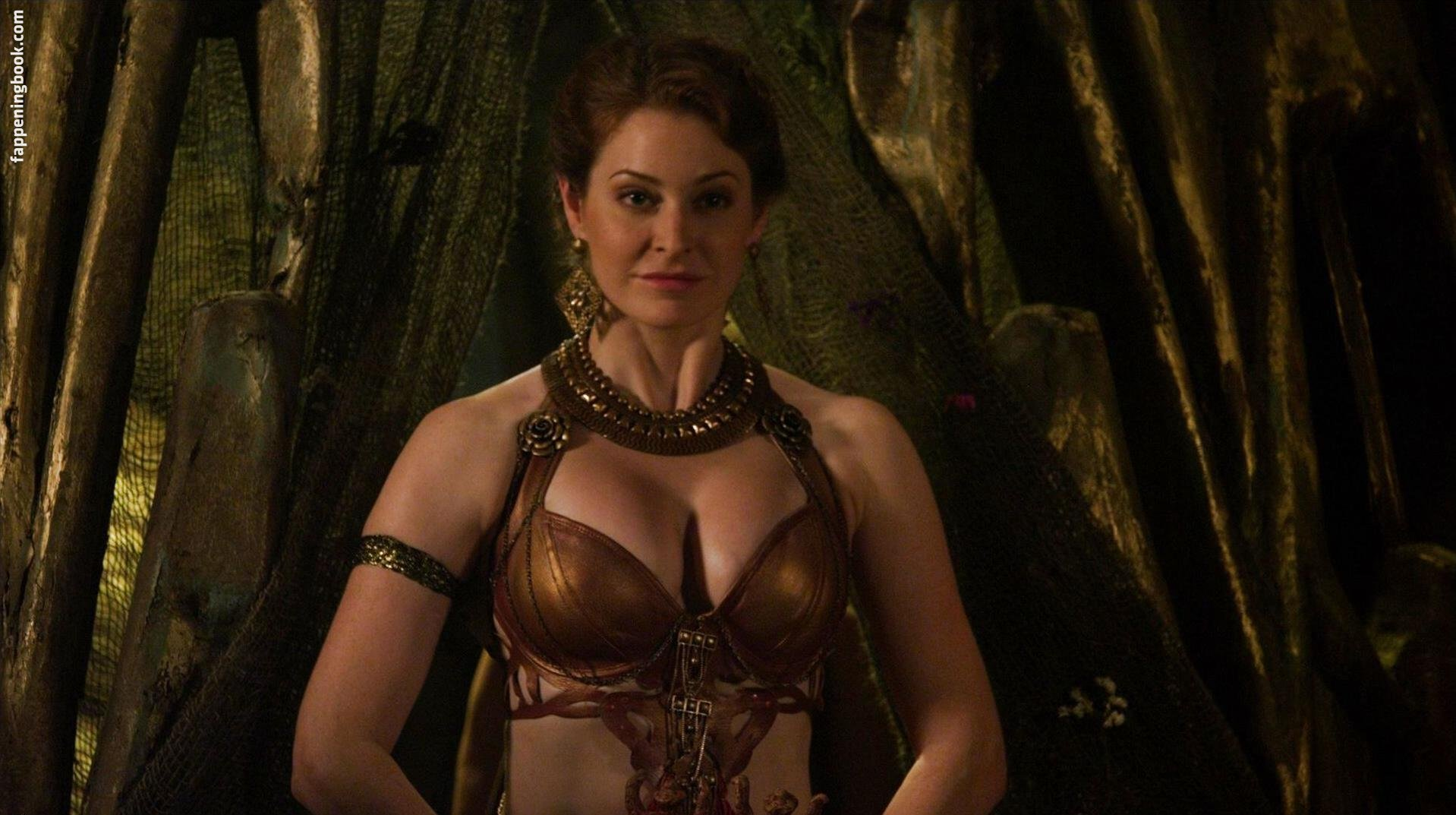 Esmé Bianco Nude, Sexy, The Fappening, Uncensored - Photo
