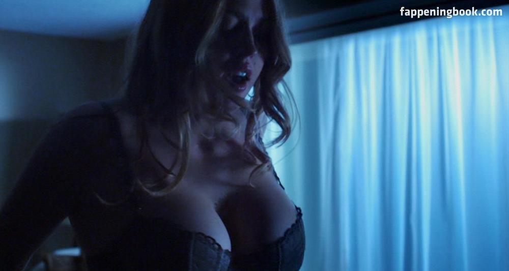 Estella Warren Nude