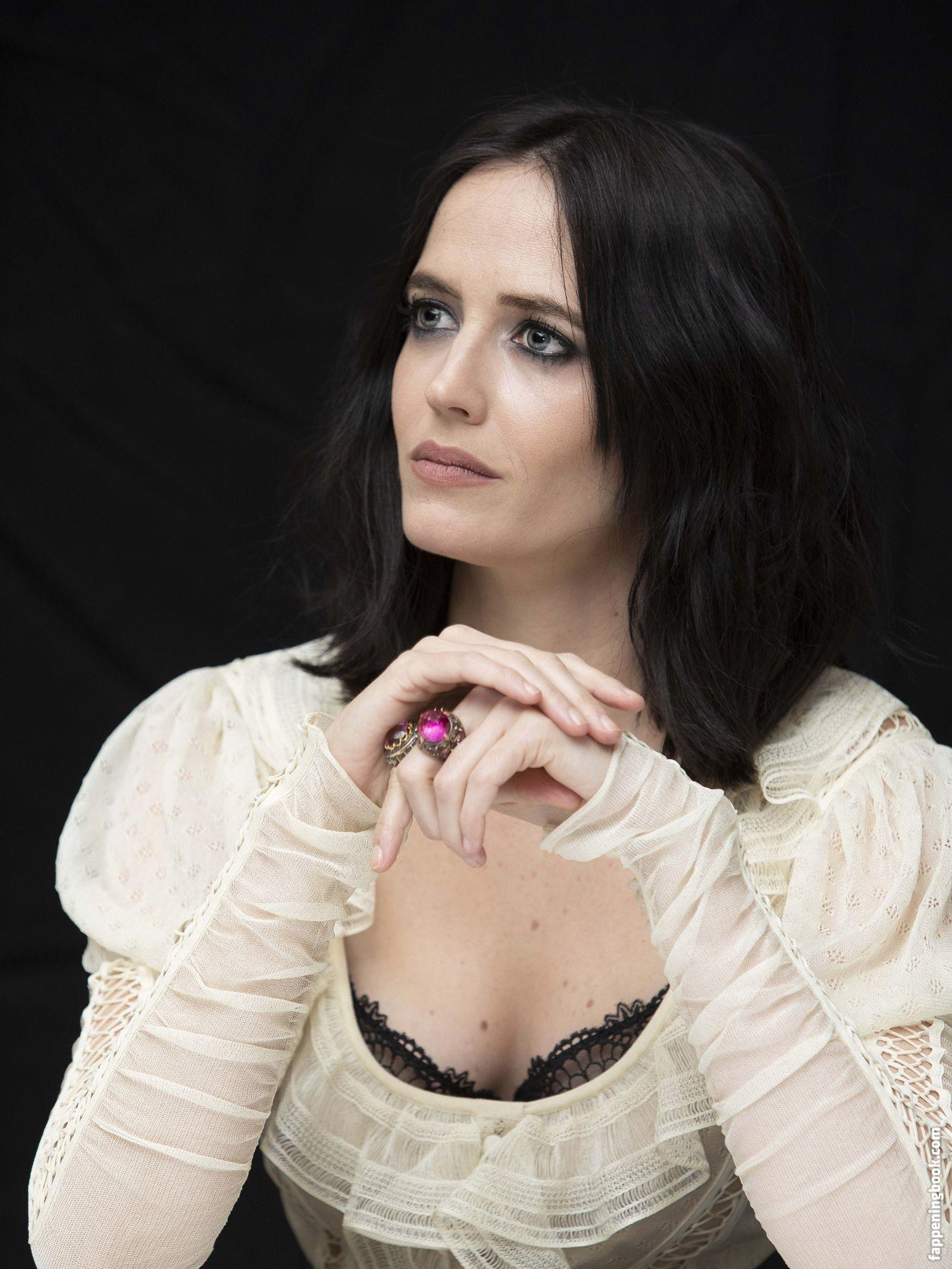 Eva Amurri Martino TheFappening Sexy (14 Photos + GIF) | #