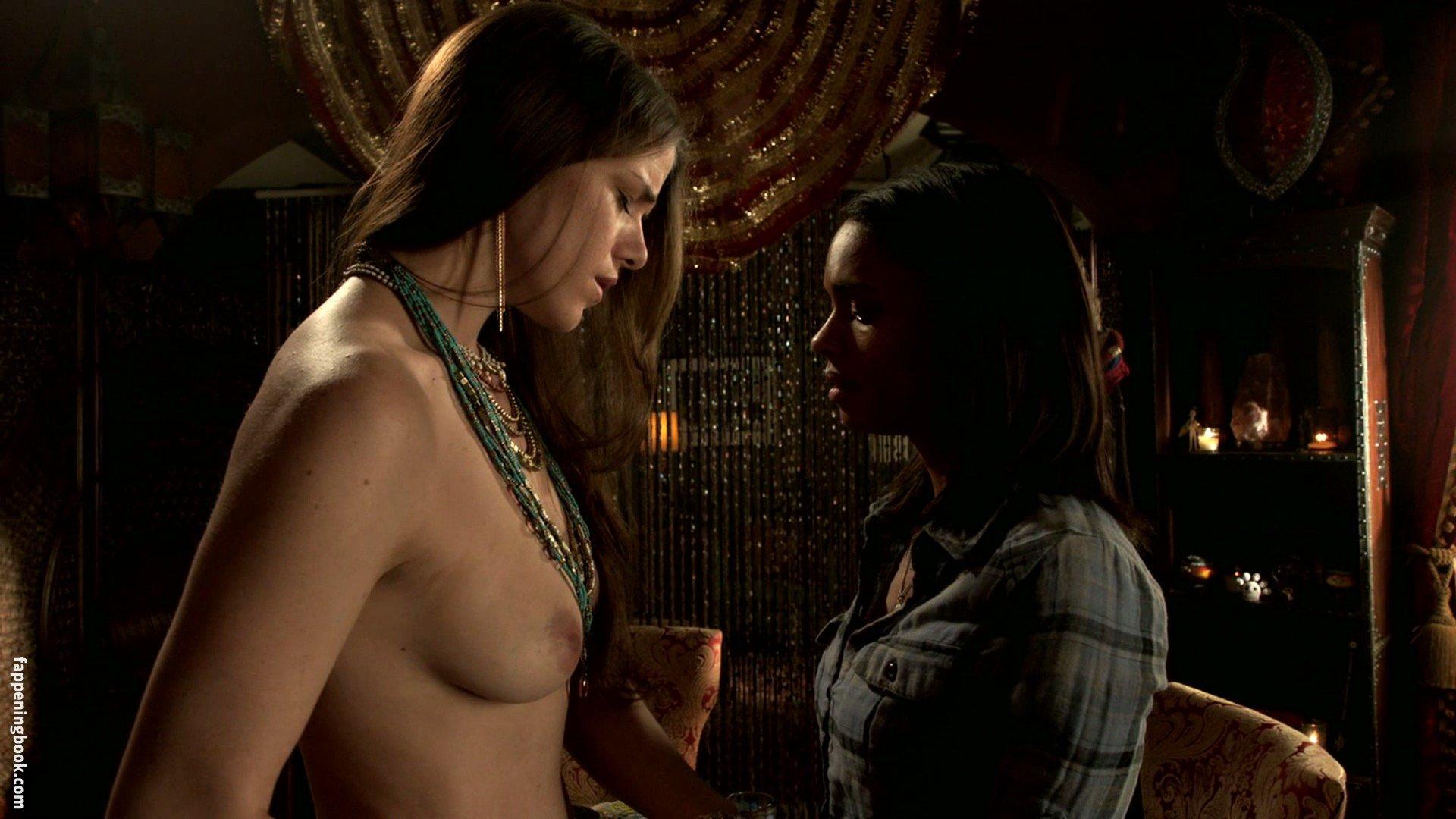 Jane Hayden  nackt