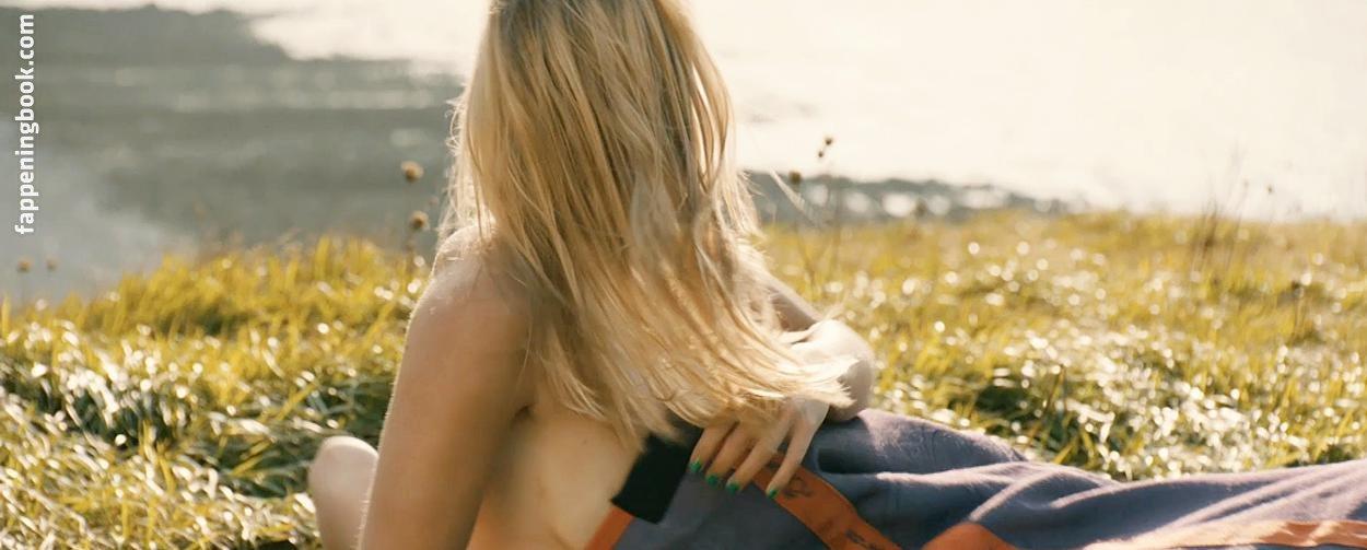 Lise nackt Fleur Heuet  en.sigmacasa.com: Lucky