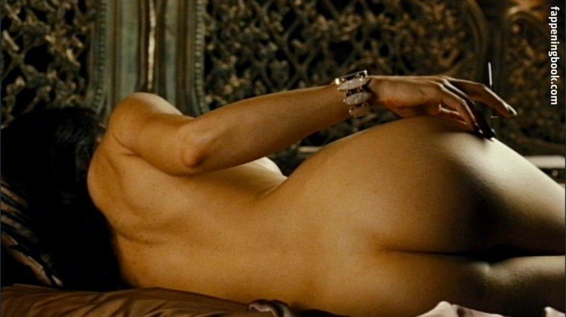 Jessie Bloemendaal  nackt