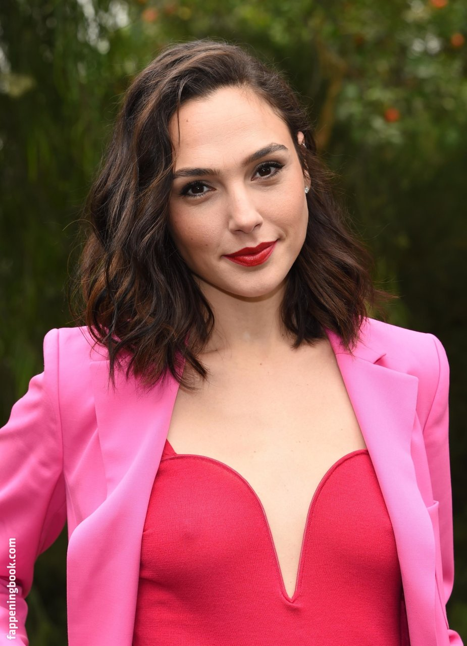 Gal Gadot Nude, Sexy, The Fappening, Uncensored - Photo