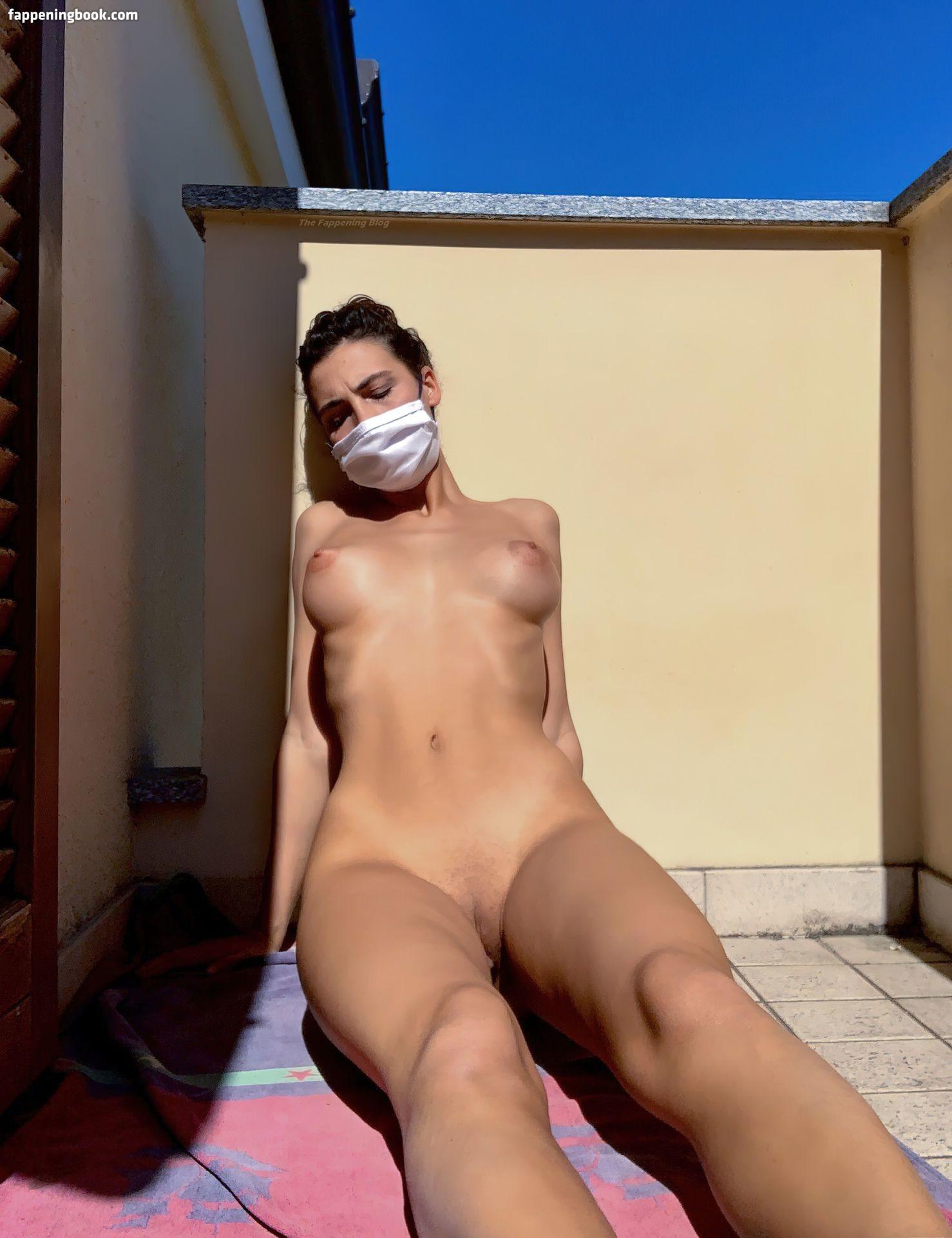 nackt Prescott Nicole Nicole Prescott
