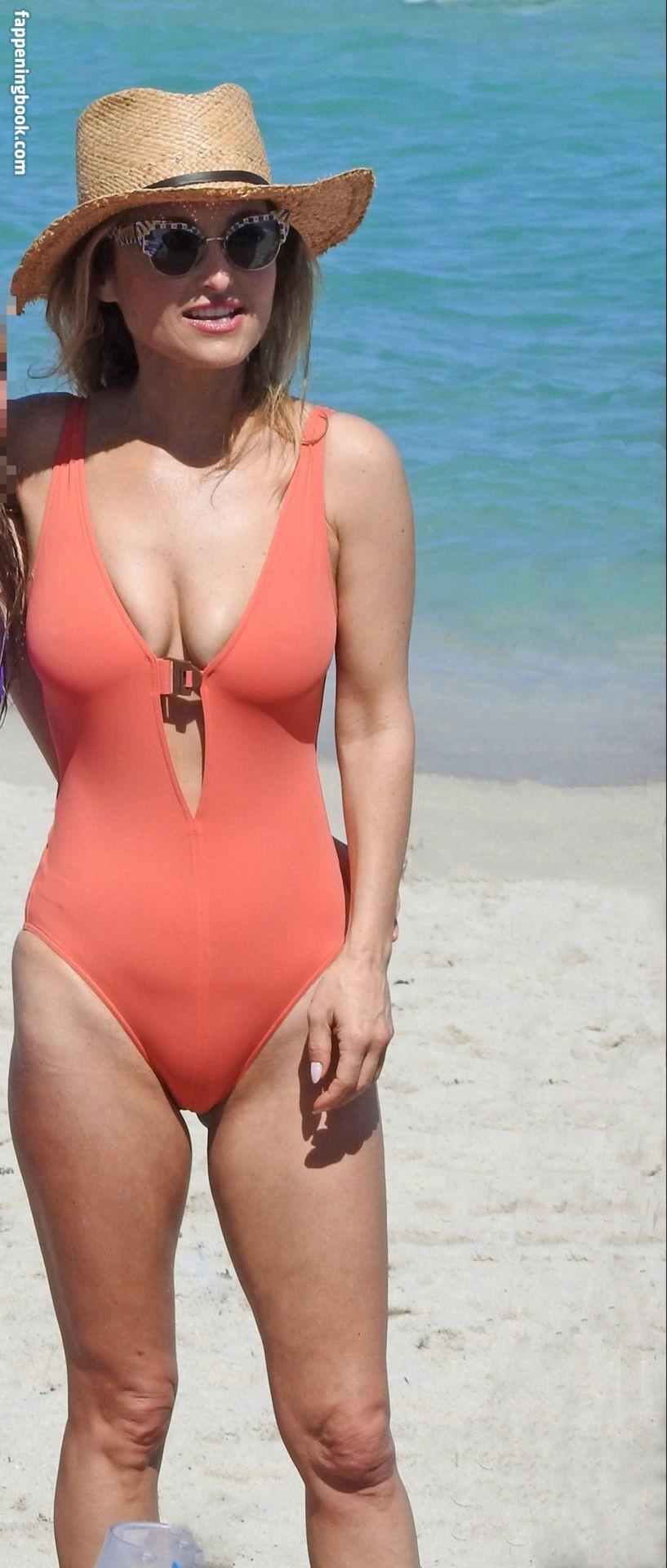 Giada De Laurentiis Nude, Fappening, Sexy Photos, Uncensored - FappeningBook
