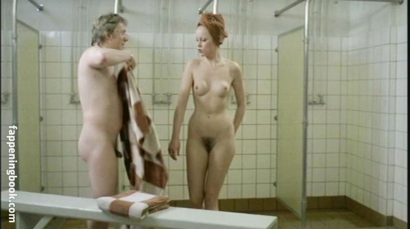 Sarah Brannon  nackt