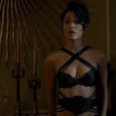 Grace Gealey  nackt