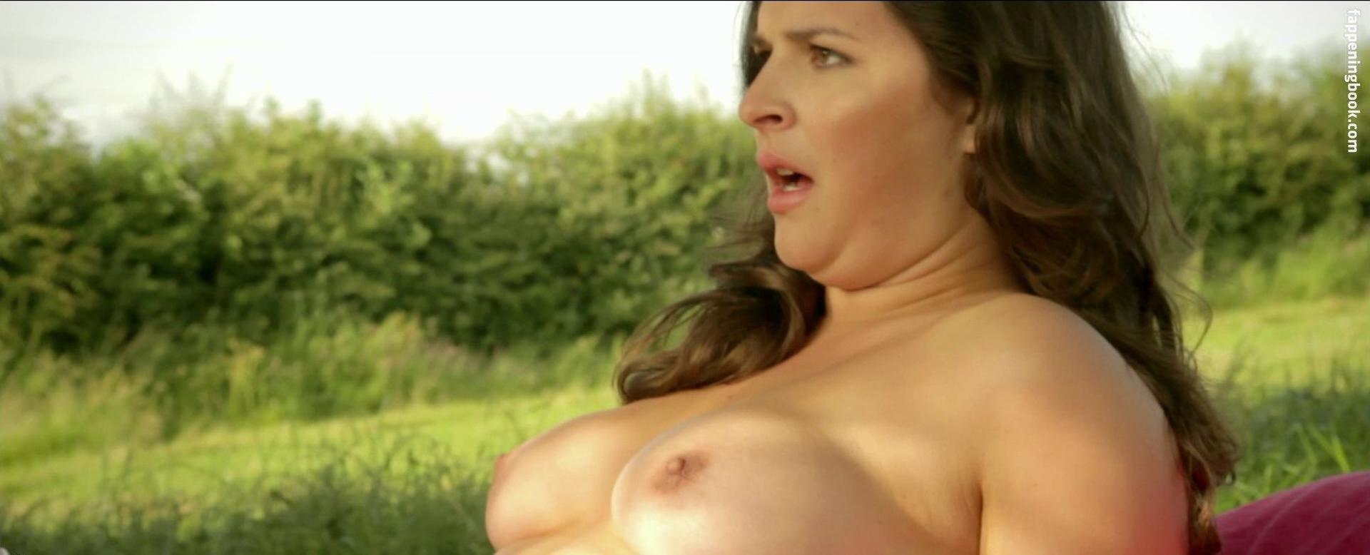 Gwenllian Higginson Nude