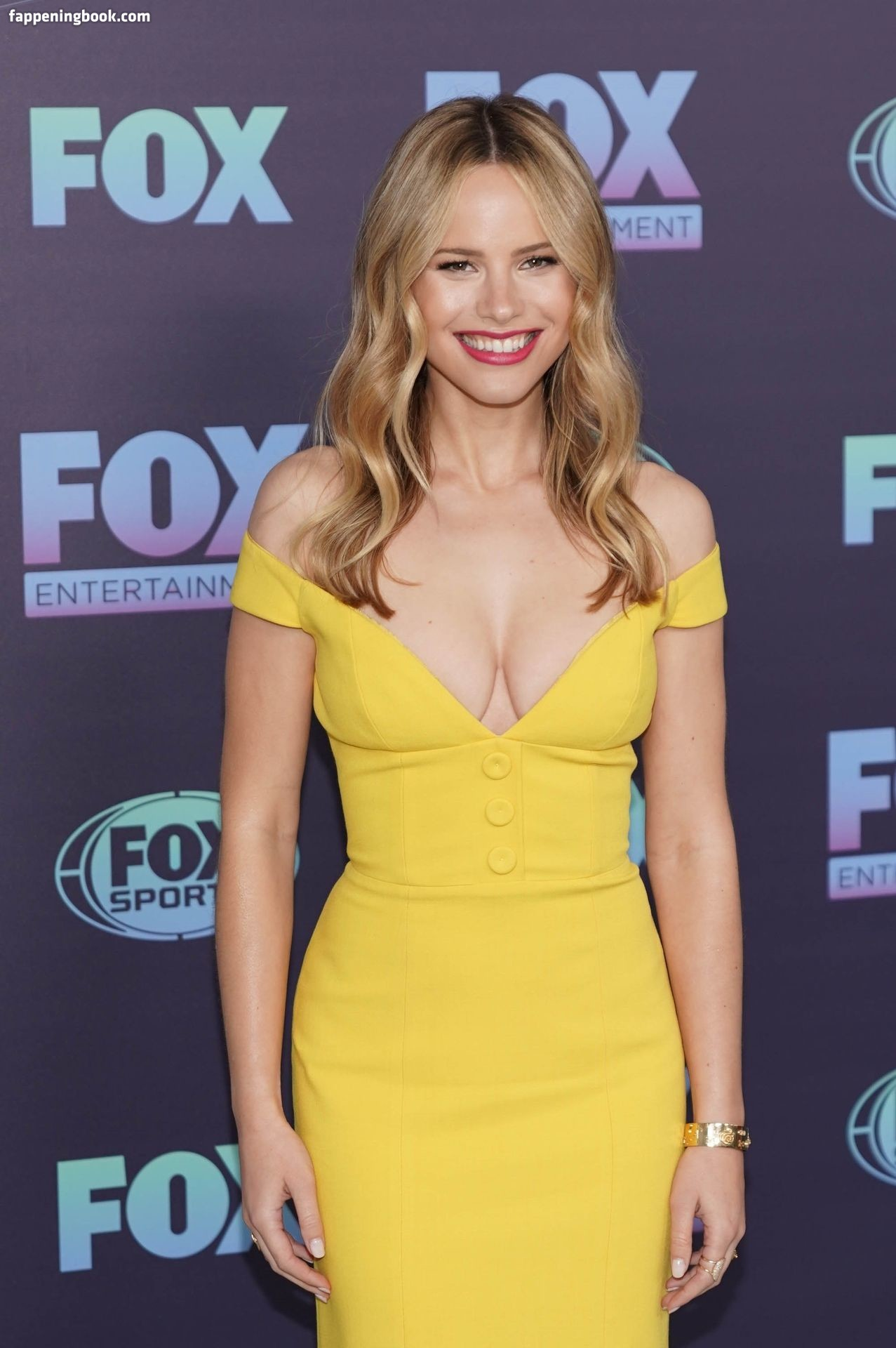 Halston Sage Nude, Sexy, The Fappening, Uncensored - Photo