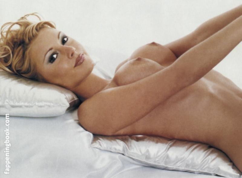 Hannah Graf Nude