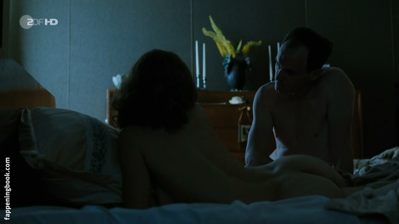Catherine Jandrain  nackt