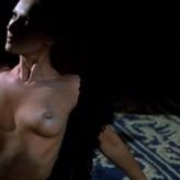 Medway  nackt Heather Heather Graham,