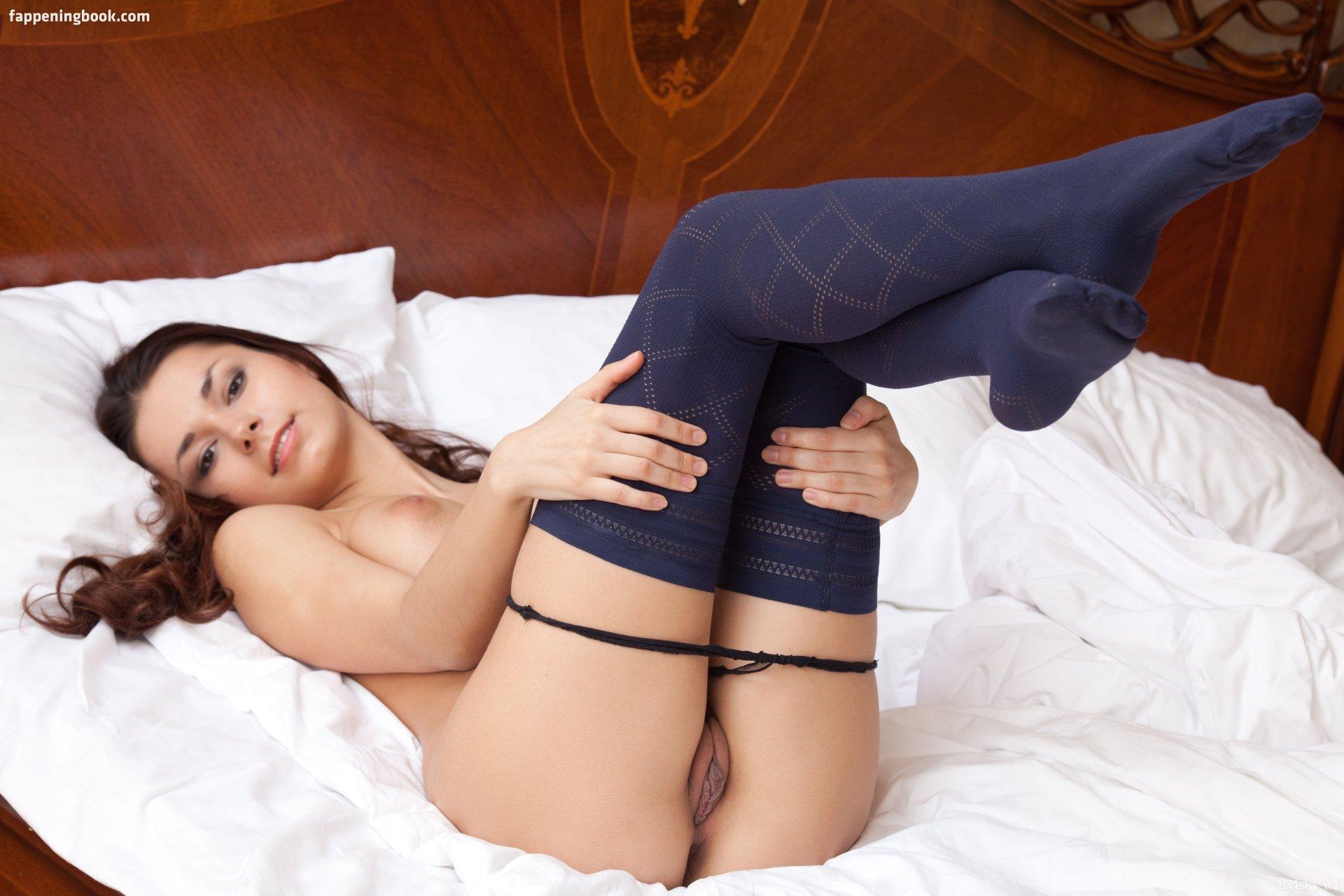 Hayden panettiere best nude fake titfuck