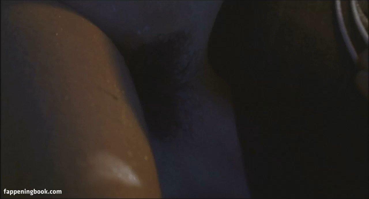 Élodie Bollée  nackt