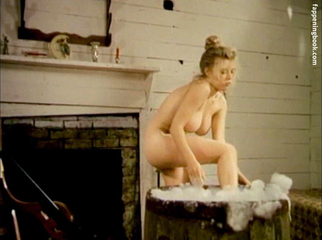 Ilene Kristen Nude