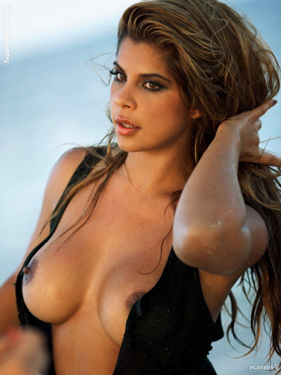 Nude indira weis Indira Weiss