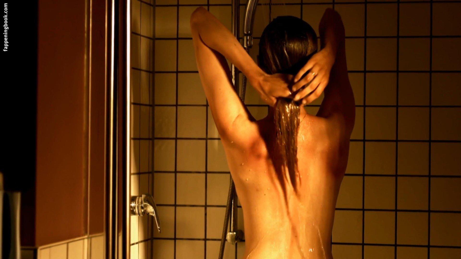Thierauch nackt isabel Isabel Thierauch