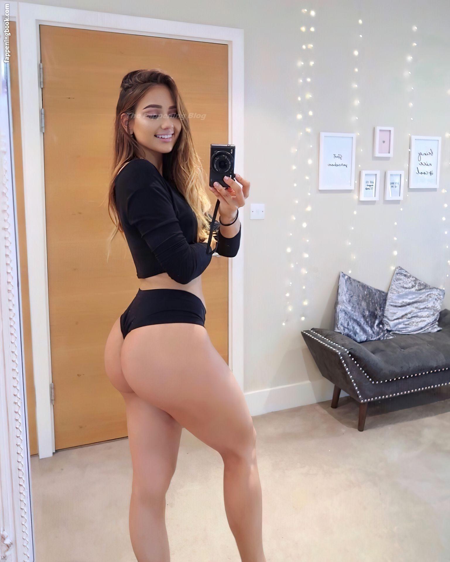Isabela Fernandez Nude