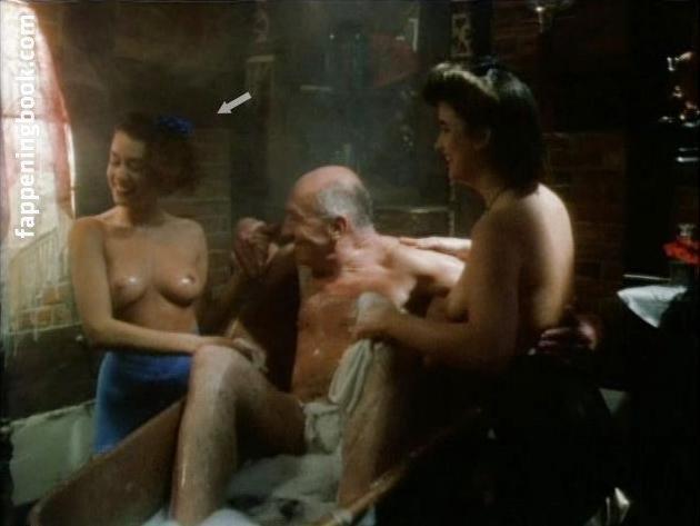 Eva Wittenzellner  nackt