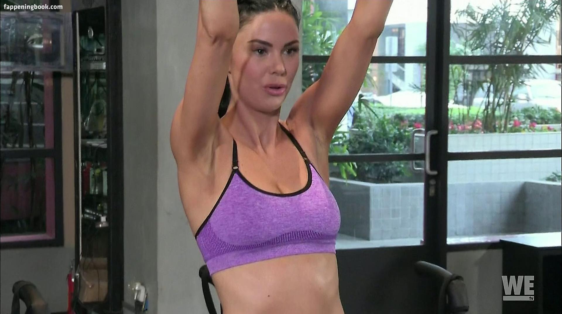 Hot mom pinay nude photo