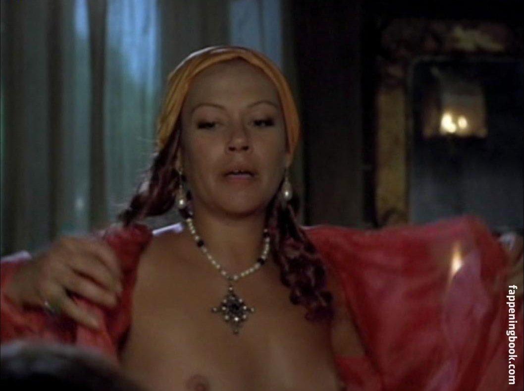 Nackt Jennifer Guthrie  12 Times