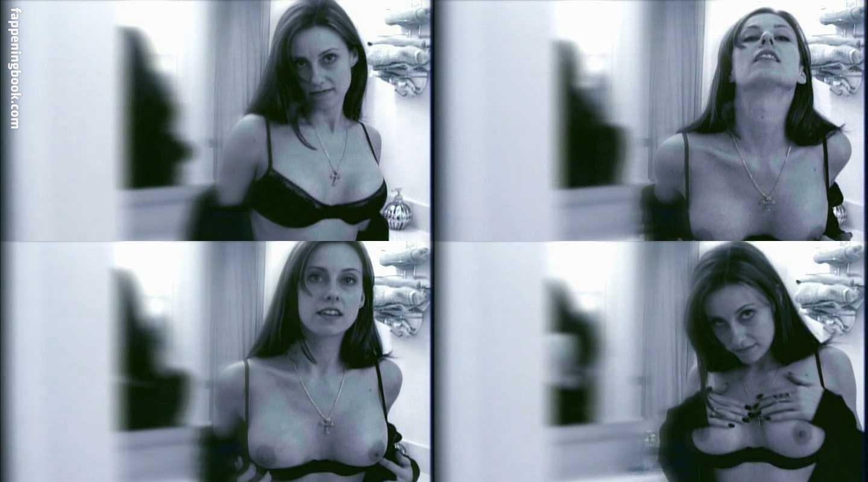 Jennifer Rivell Nude