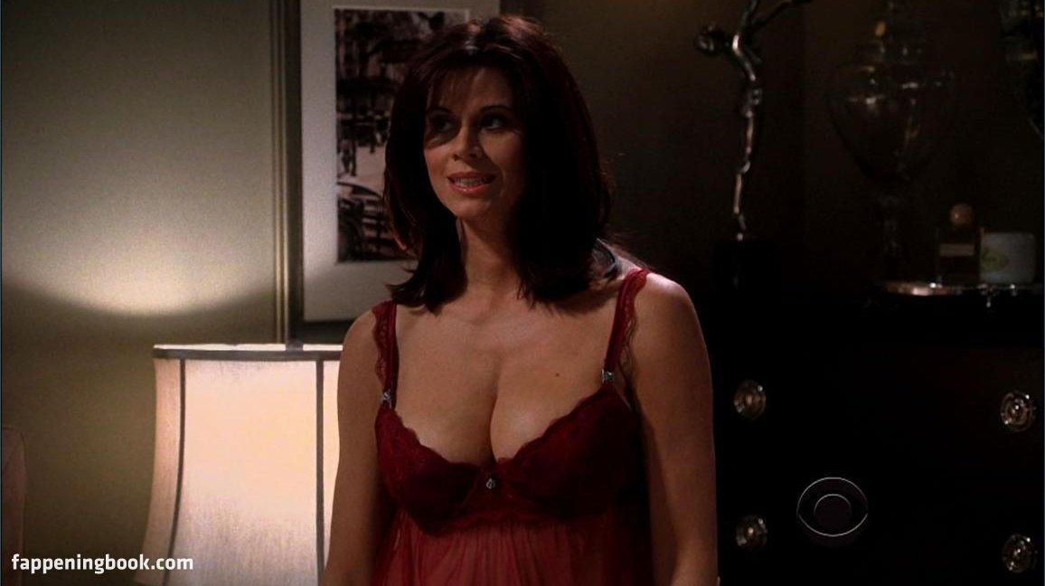 Jennifer bini taylor tits nude — img 9
