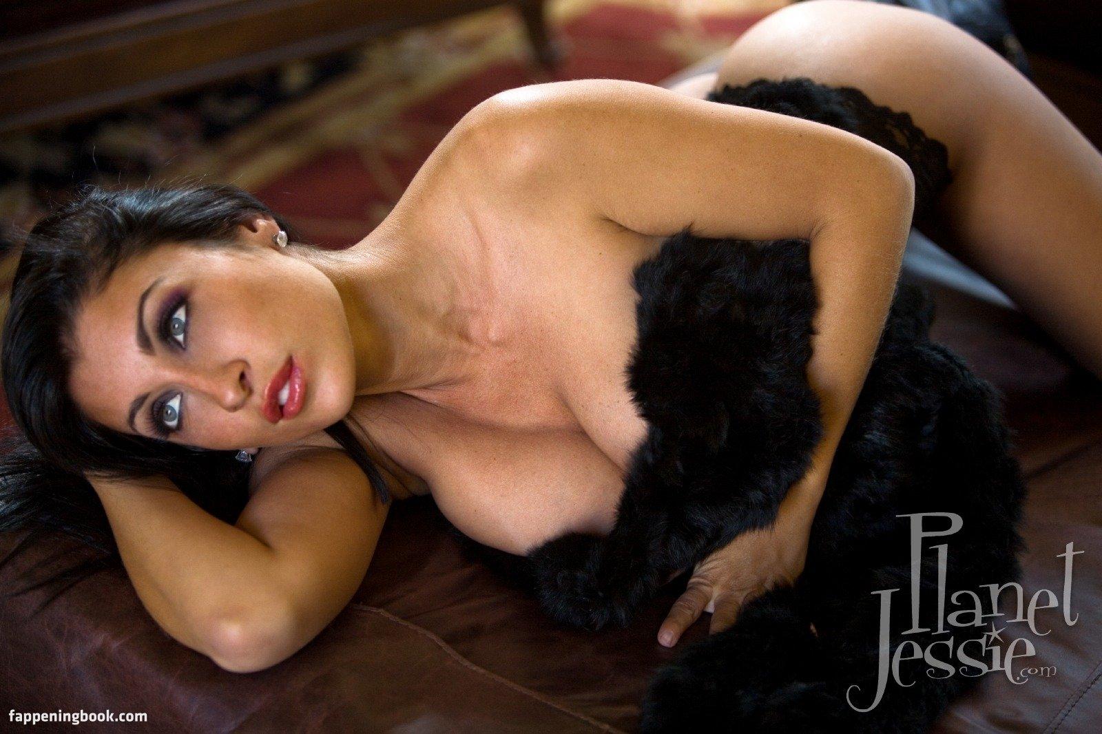 Jessica Canizales Nude