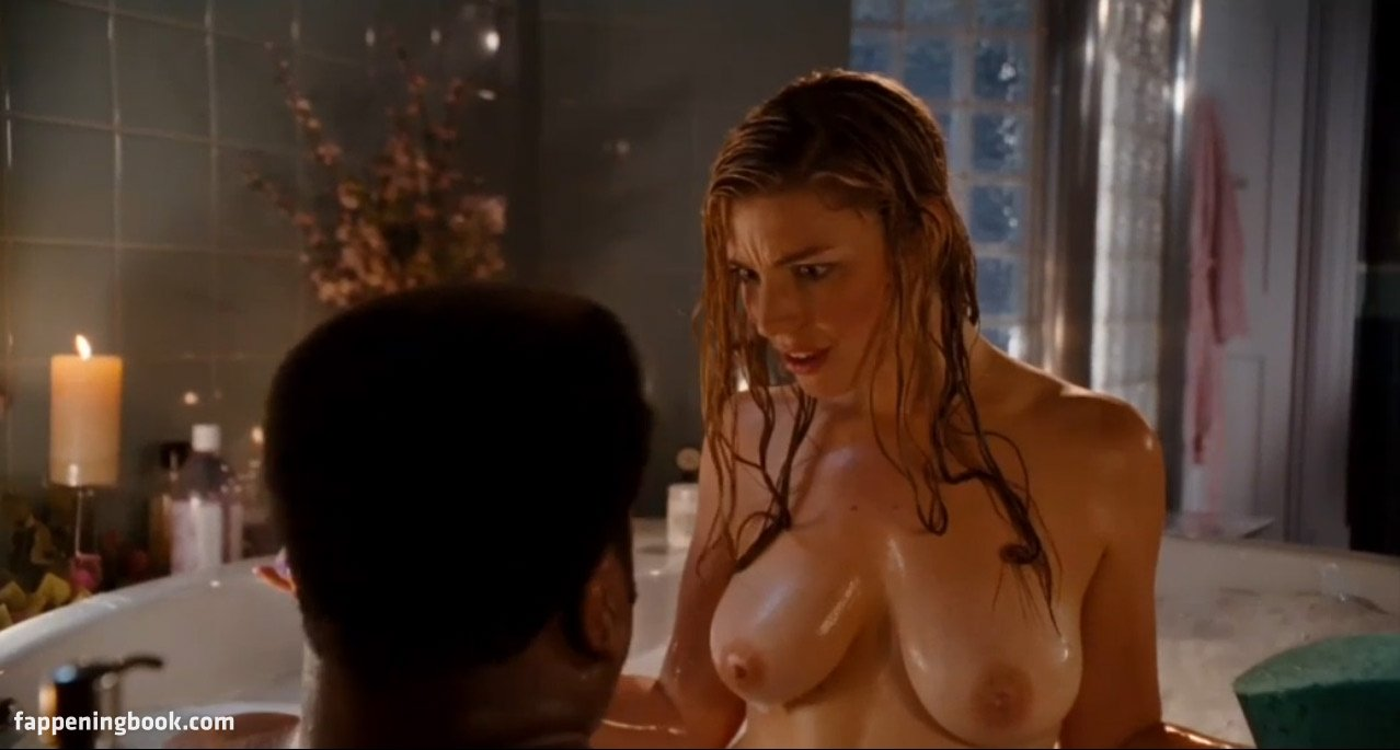 Sexy tight pussy schoolgirl