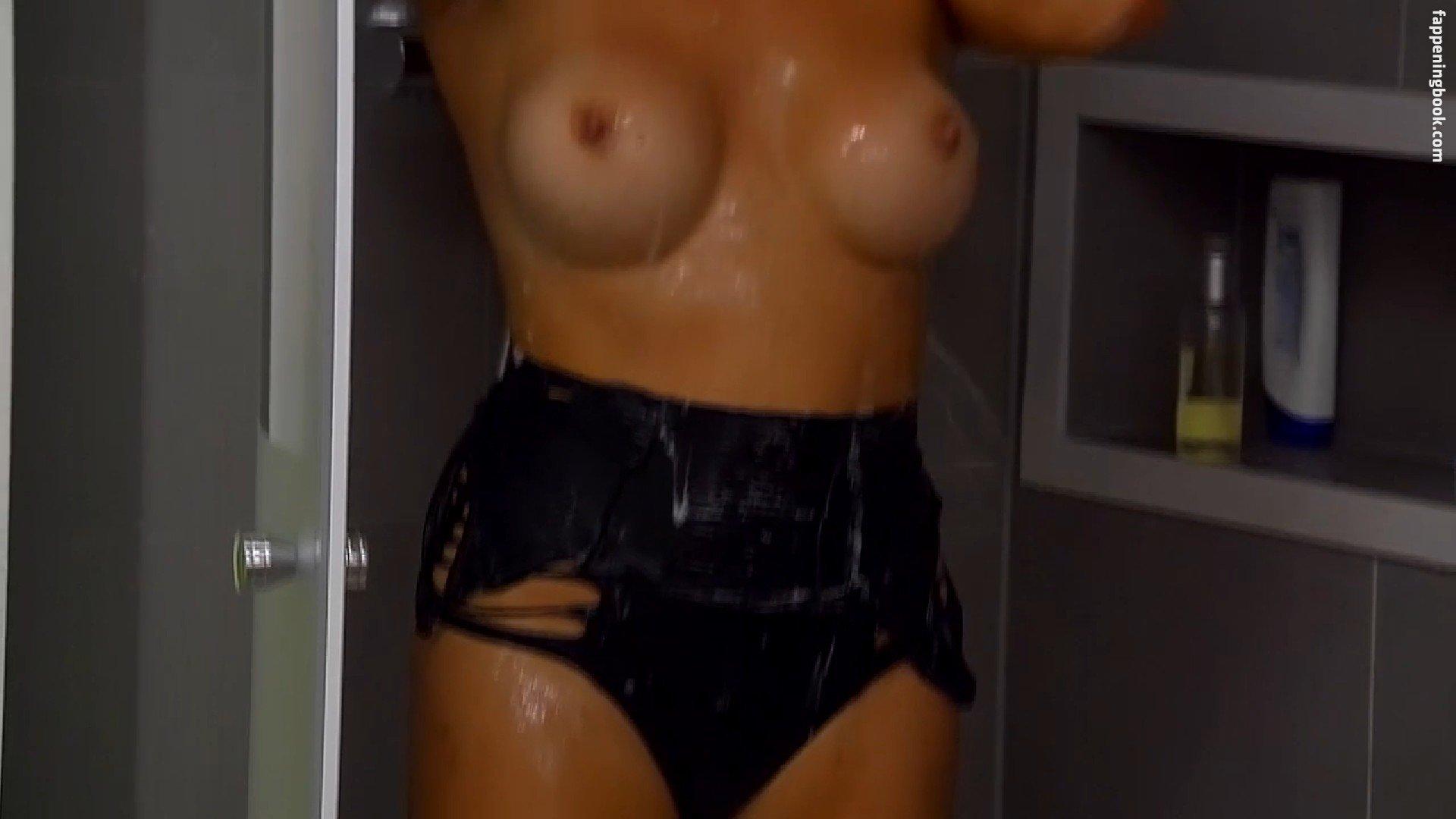 Hanna Salivanchuk  nackt