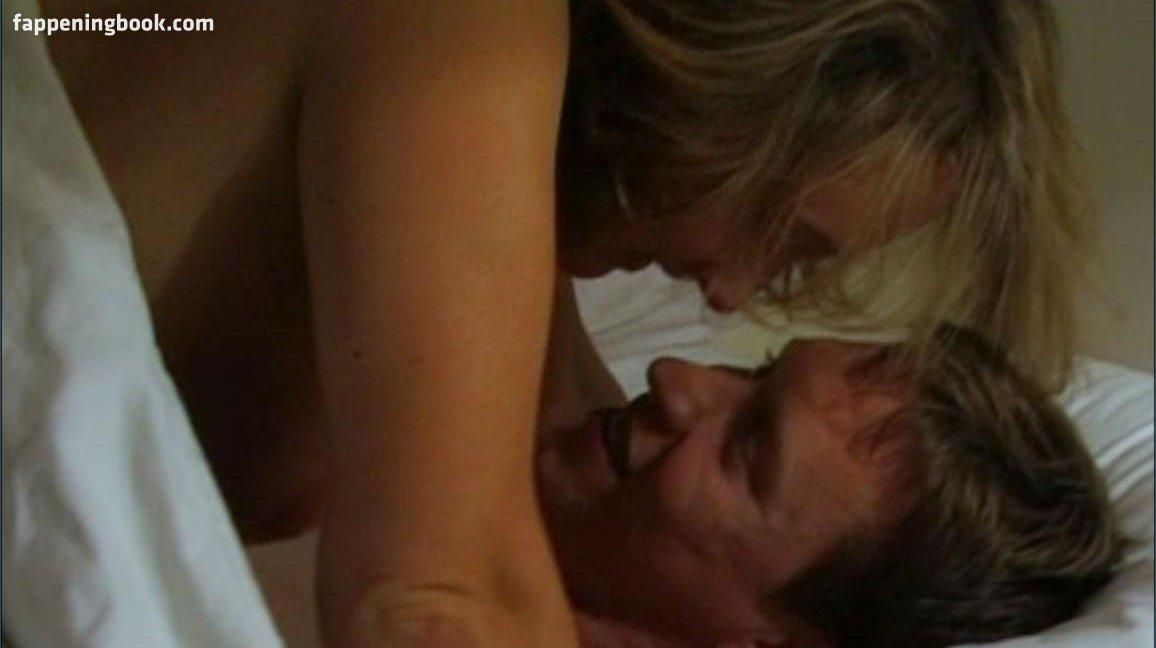 Bending nackt Joanna  Joanna Page