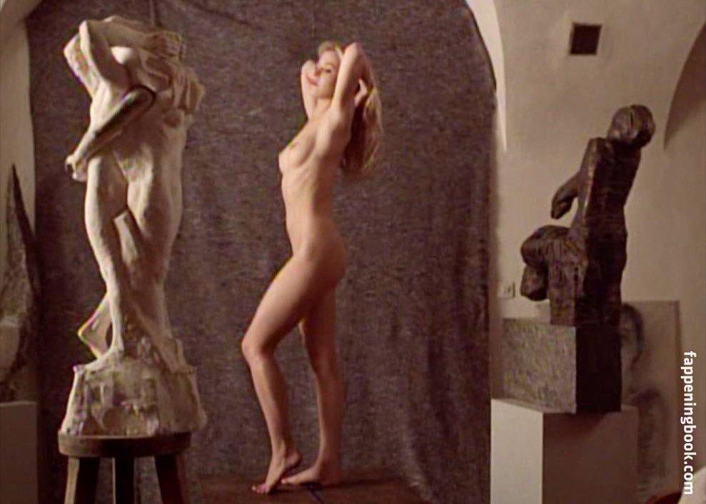 Joanna Samojlowicz Nude