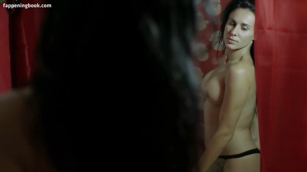 Carolin von der Groeben  nackt