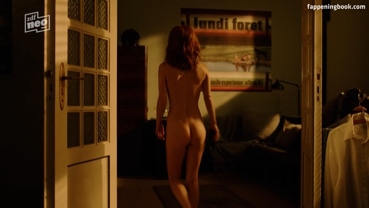 Lima nackt Karine  Naked Celebs