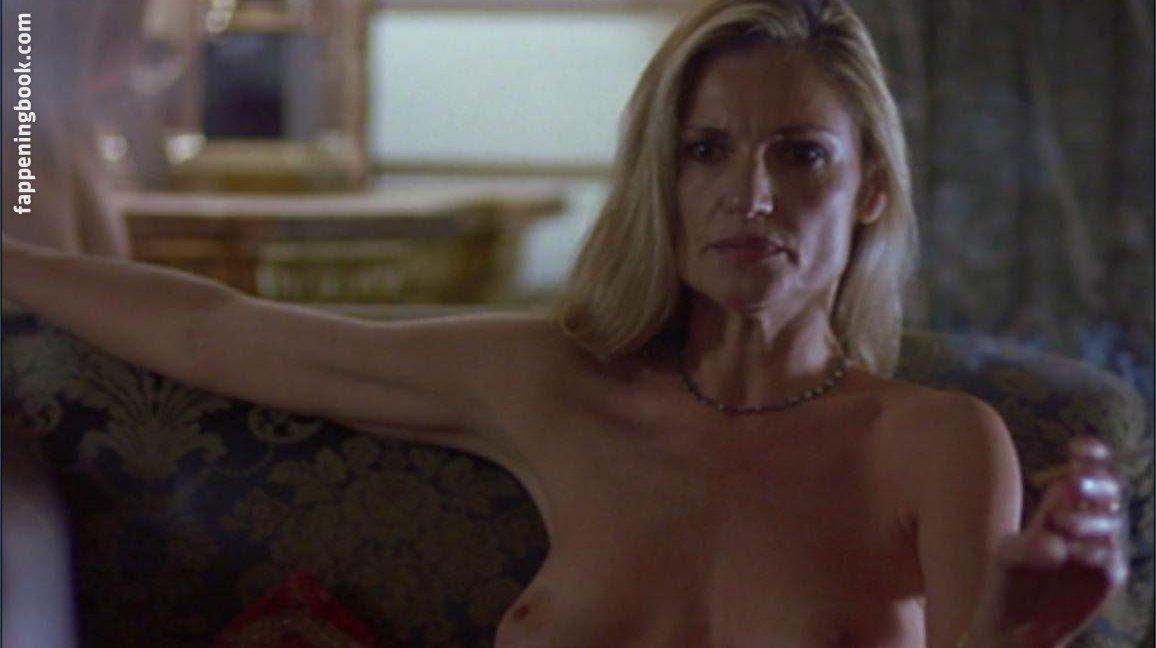 Julianne White Nude