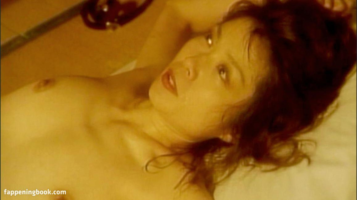 Kaoru Mizuki Nude