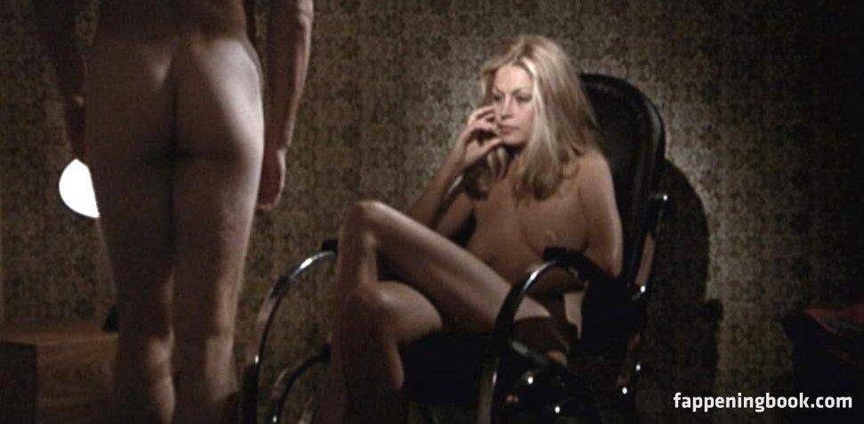 Bernsdorf nude emilia Emilia Clarke
