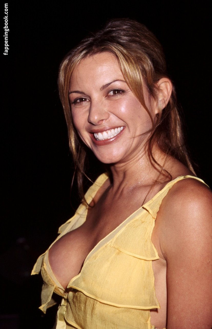 Kari Wuhrer Nude, Sexy, The Fappening, Uncensored - Photo